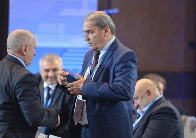 Bratr bývalého ukrajinského prezidenta Viktora Juščenka a bývalý poslanec Nejvyšší rady Petr Juščenko