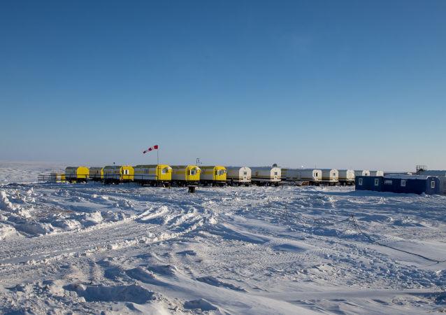 Pracovníci Rosněfi v Arktidě