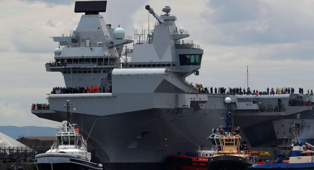 Britská letadlová loď Královna Alžběta. Ilustrační foto