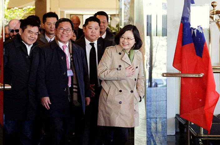 Hlava Tchajwanu Tsai Ing-wenová během návštěvy v USA