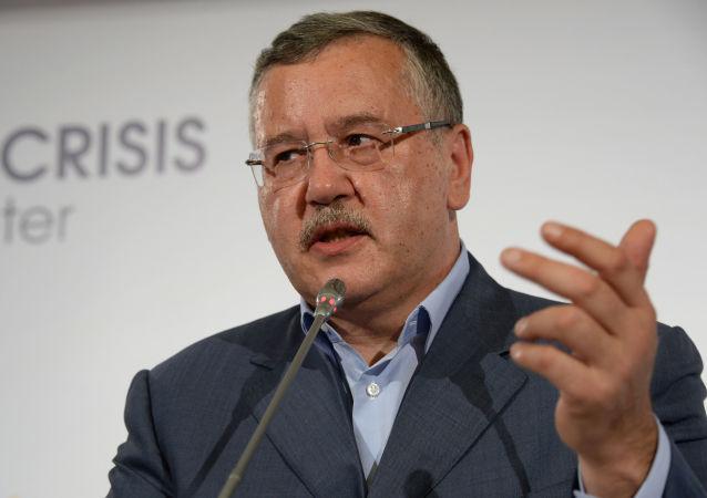 Bývalý ukrajinský ministr obrany Anatoliy Hrytsenko