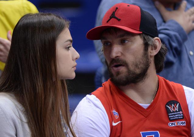 Alexandr Ovečkin a Anastasia Šubská