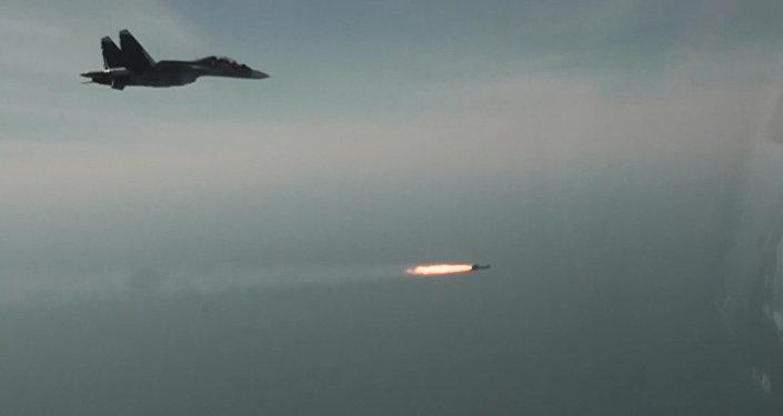 Сvičení Su-30SM v Sevastopolu