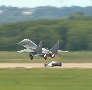 Auto Formule 1 vs. MiG-29