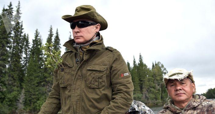Ruský prezident Vladimir Putin  během své krátké dovolené