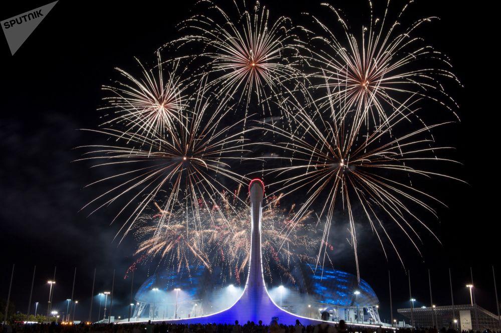 Vylučovací etapa Světové soutěže ohňostrojů v Soči