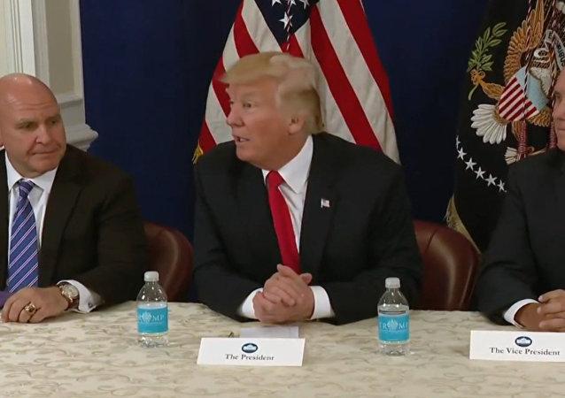 Trump děkuje Putinovi za vypovězení amerických diplomatů