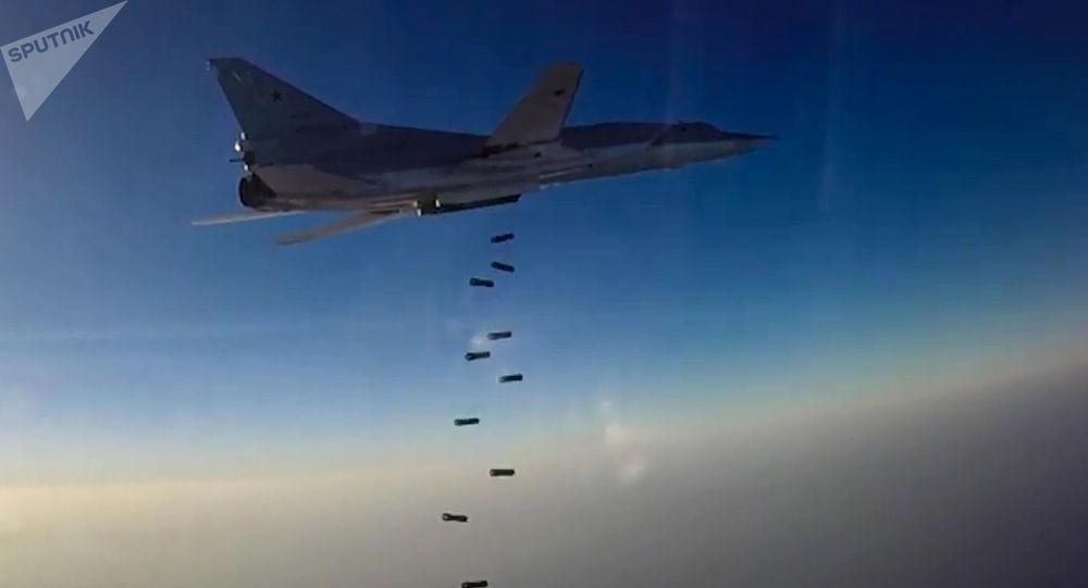 Letecký útok Tu-22M3 na objekty teroristů v Sýrii