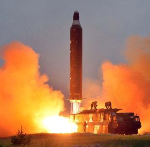 Odpálení rakety Hwasong-10