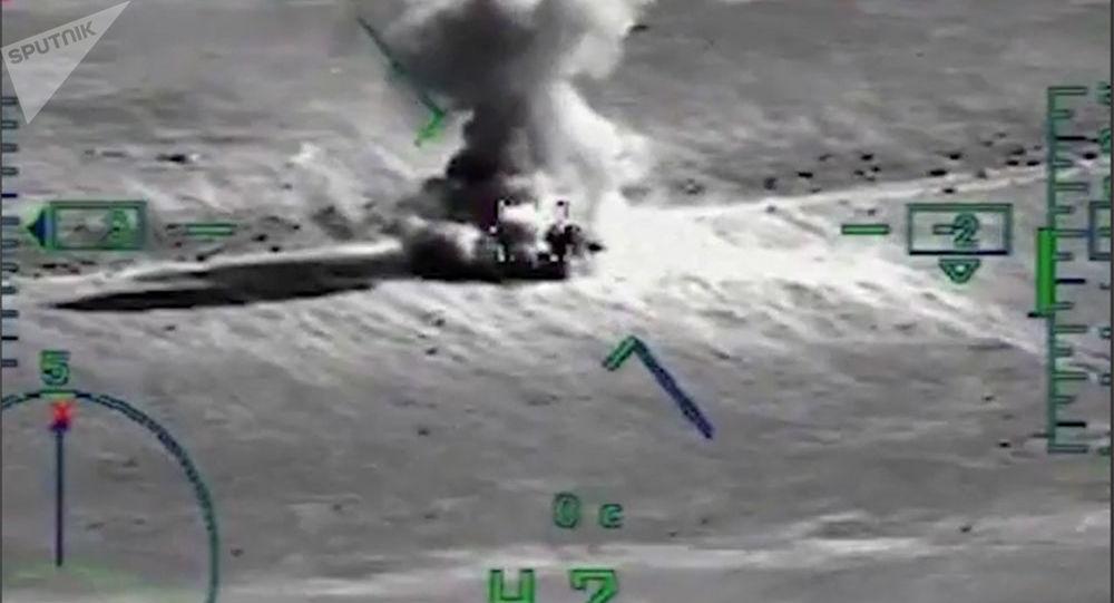 Likvidace kolony teroristů IS u Deir ez-Zoru