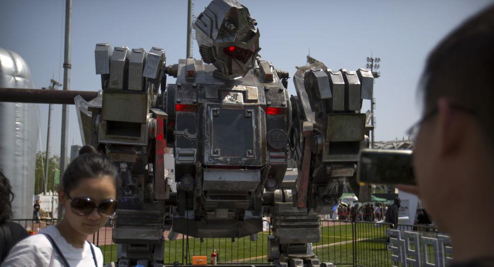 Robot Monkey King na festivalu G-Festival v Pekingu