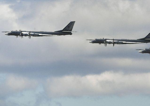 Bombardéry Tu-95MS