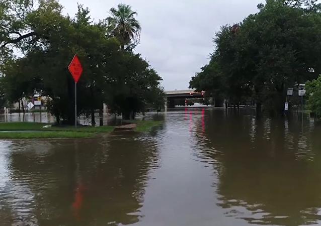 Nejsilnější uragán v USA za posledních 12 let