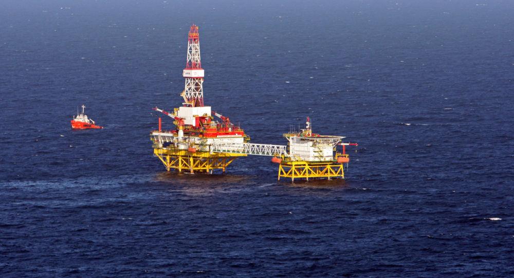 Těžba ropy LUKOIL v Baltském moři