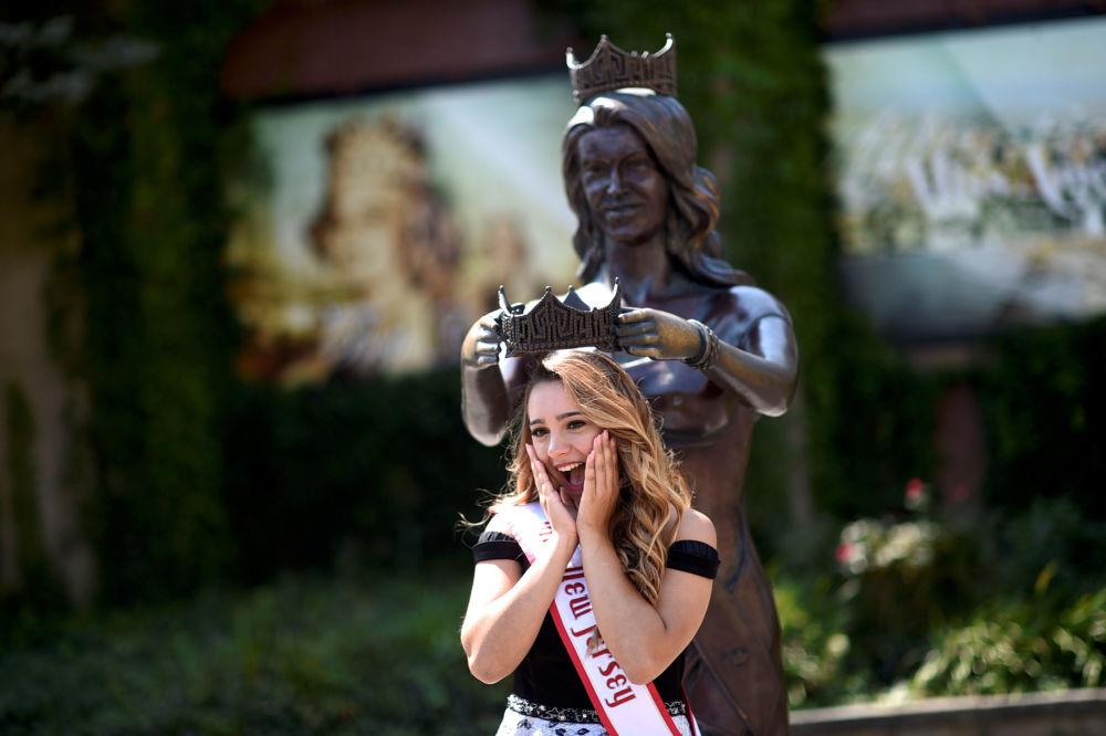 Američané vybrali nejkrásnější dívku USA