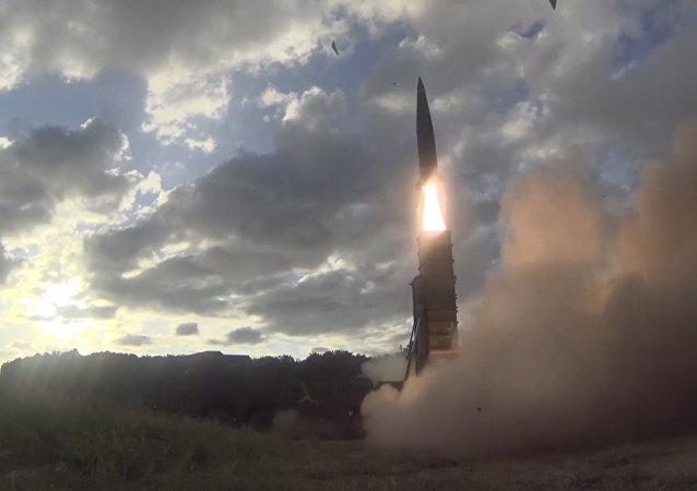 Jižní Korea odpověděla KLDR odpálením balistické rakety. Video