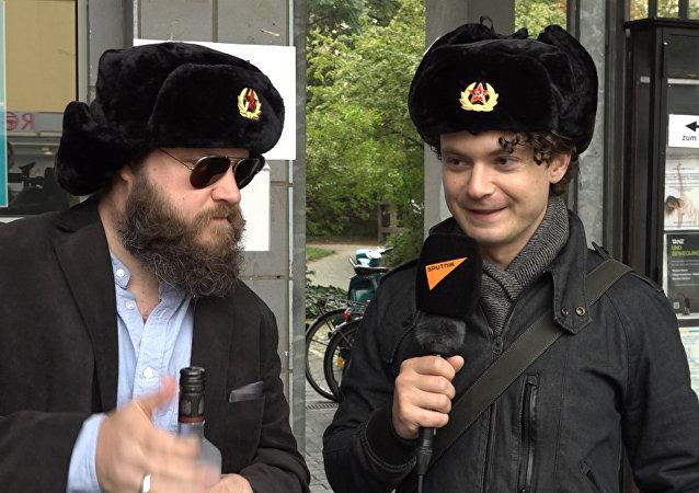 """Zpravodajové Sputniku ukázali, jak """"ovlivňují"""" volby v Německu"""