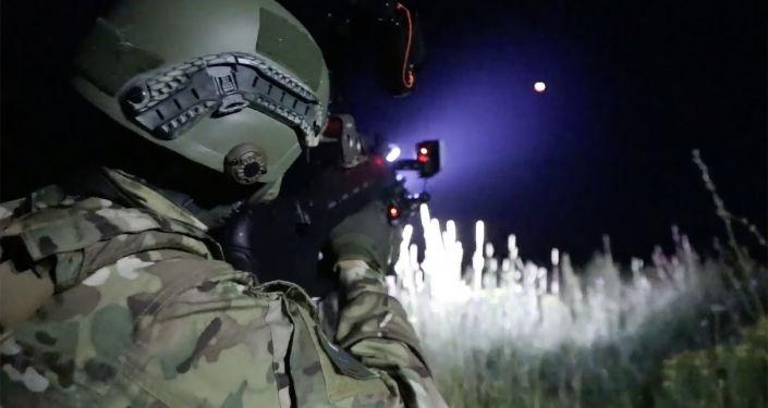 Inovační puška REX-1