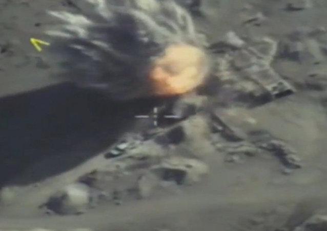 VKS odvrátily proniknutí teroristů z Akerbatského kotle v Sýrii