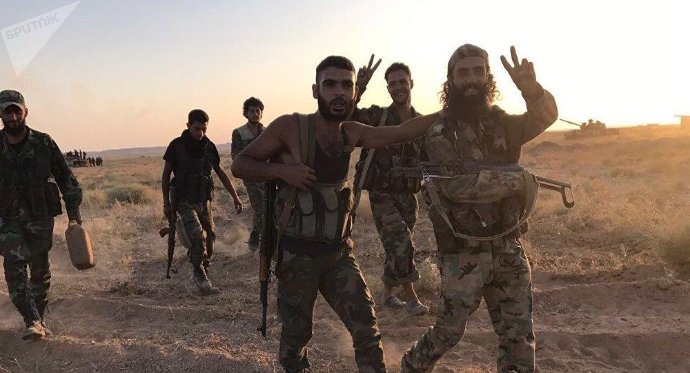 Syrští vojáci v okolí Dajr az-Zauru