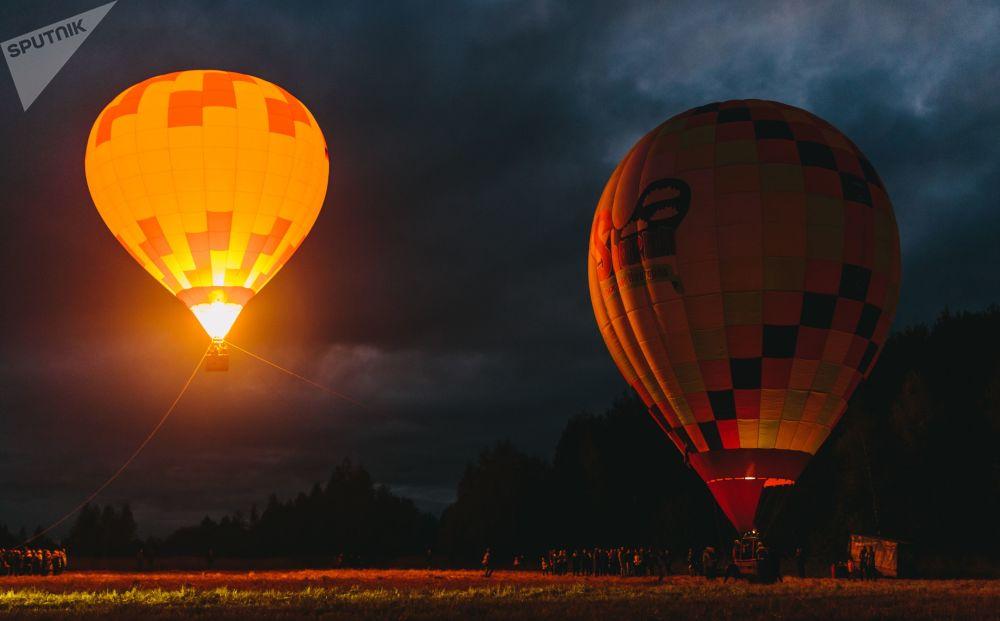 Festival horkovzdušných balónů SkyFlyFest 2017 v Ivanovské oblasti