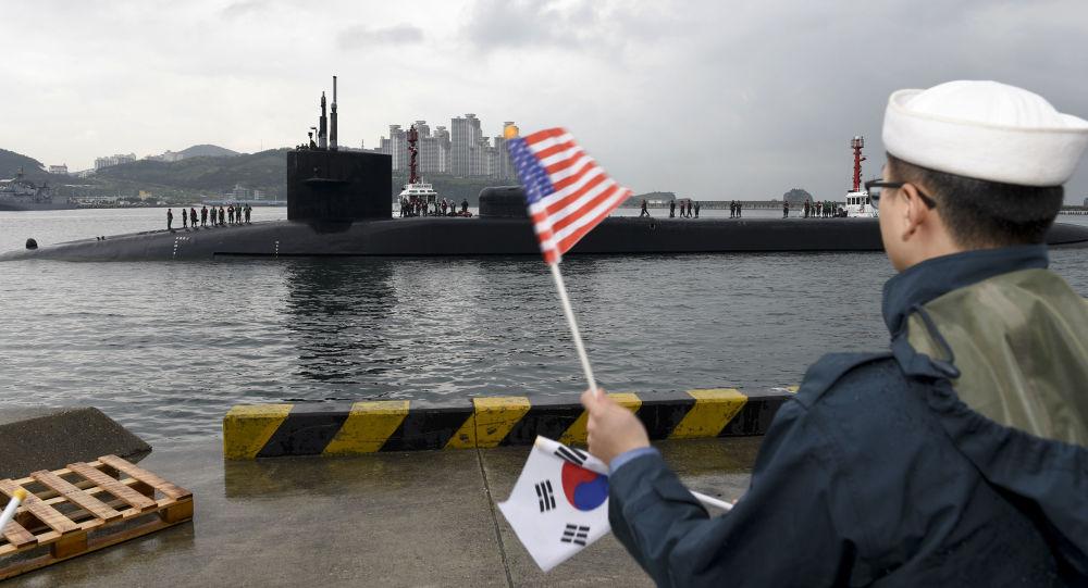 Jaderná ponorka Michigan v jihokorejském přístavu Busan