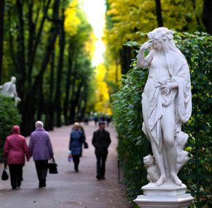 Podzim v Petrohradu