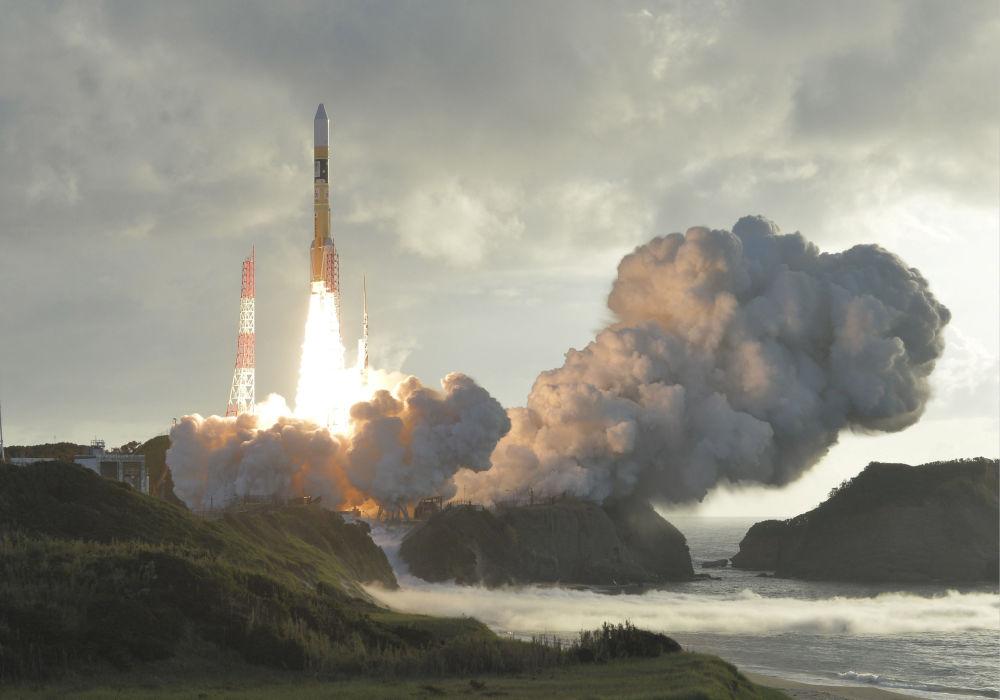 Vypuštění japonské rakety H-2A se satelitem Michibiki-2 z kosmodromu Tanegašima
