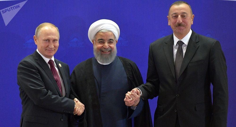 Vladimir Putin, Hasan Rúhání a Ilham Alijev v Teheránu