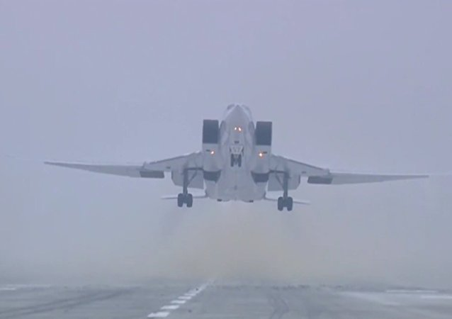 Ruské ministerstvo obrany zveřejnilo video útoku na objekty IS v Sýrii