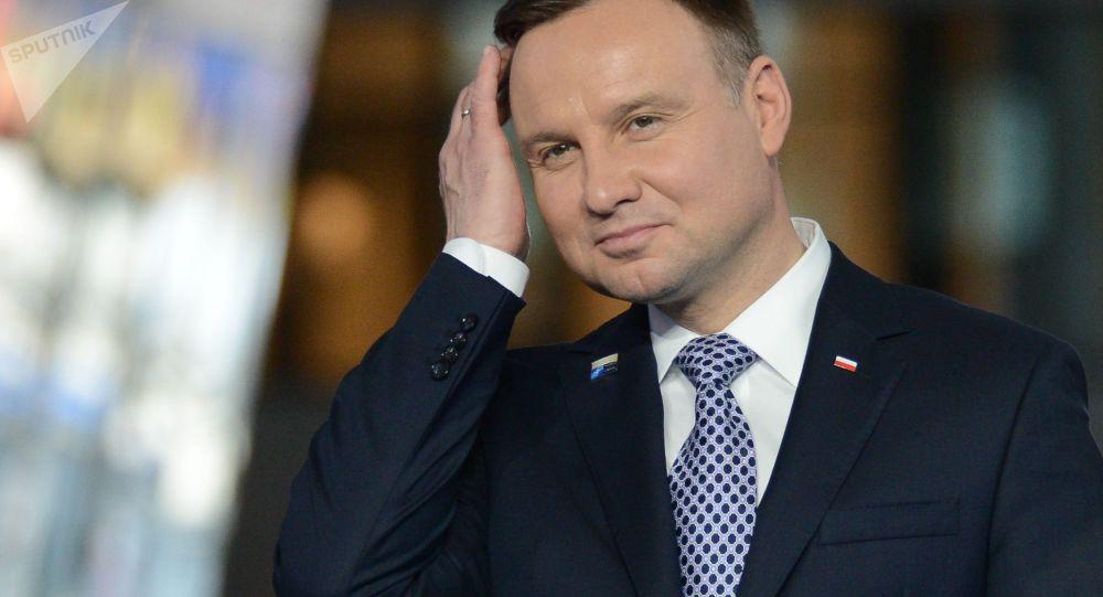 Podle exit pollu vyhrál polské prezidentské volby Andrzej Duda