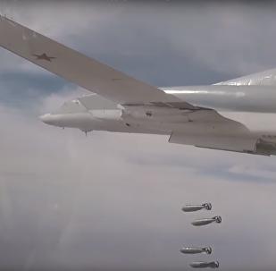 Ministerstvo obrany RF zveřejnilo video útoku Tu-22M3 na objekty IS