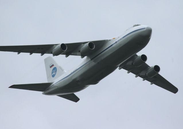 Letadlo An-124