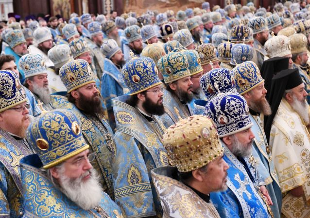 Liturgie v katedrále Krista Spasitele v Moskvě