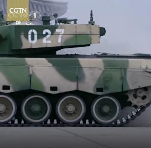 Parkování driftujícího tanku ukázali na videu
