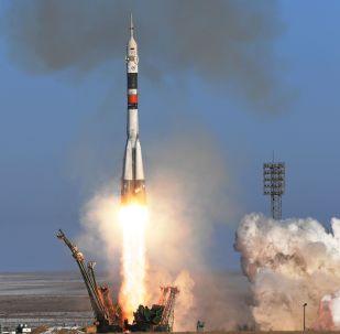 Start rakety Sojuz-FG