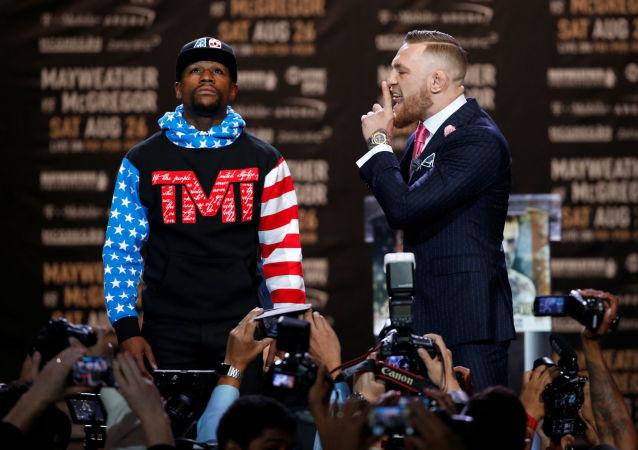Irský bojovník ve smíšených bojových uměních Conor McGregor
