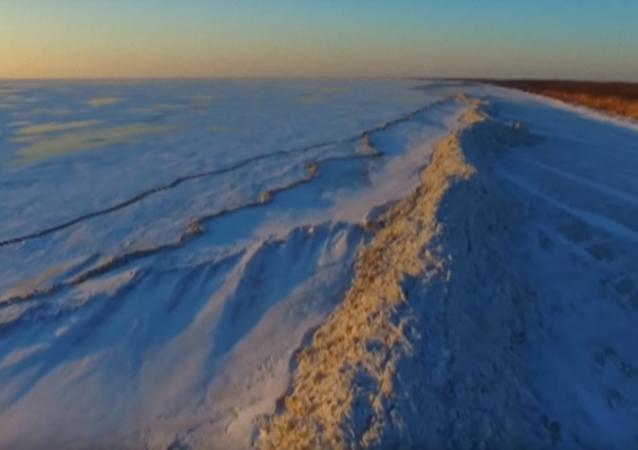 Rusko a Čínu rozdělila ledová zeď