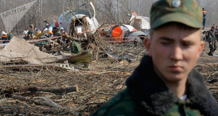 Na místě havárie Tu-154 u Smolenska