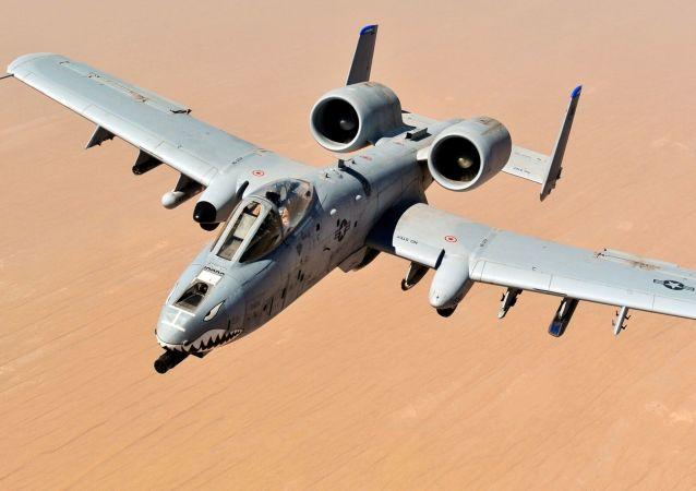 Americké útočné letadlo A-10 Thunderbolt II