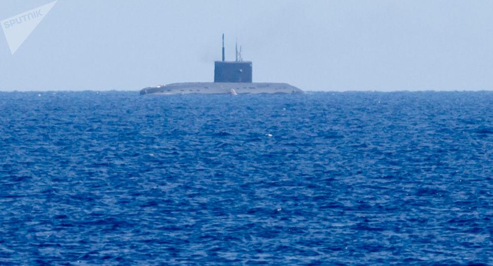 Ruská ponorka během odpálení Kalibrů