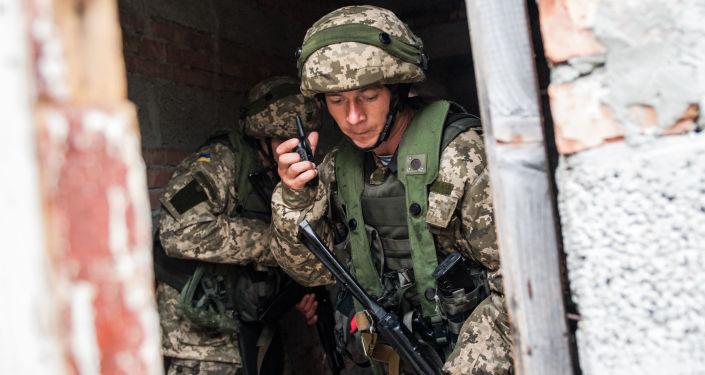 Ukrajinští mariňáci během cvičení