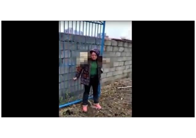 Jak v Číně trestají lidi, co týrají zvířata. Video