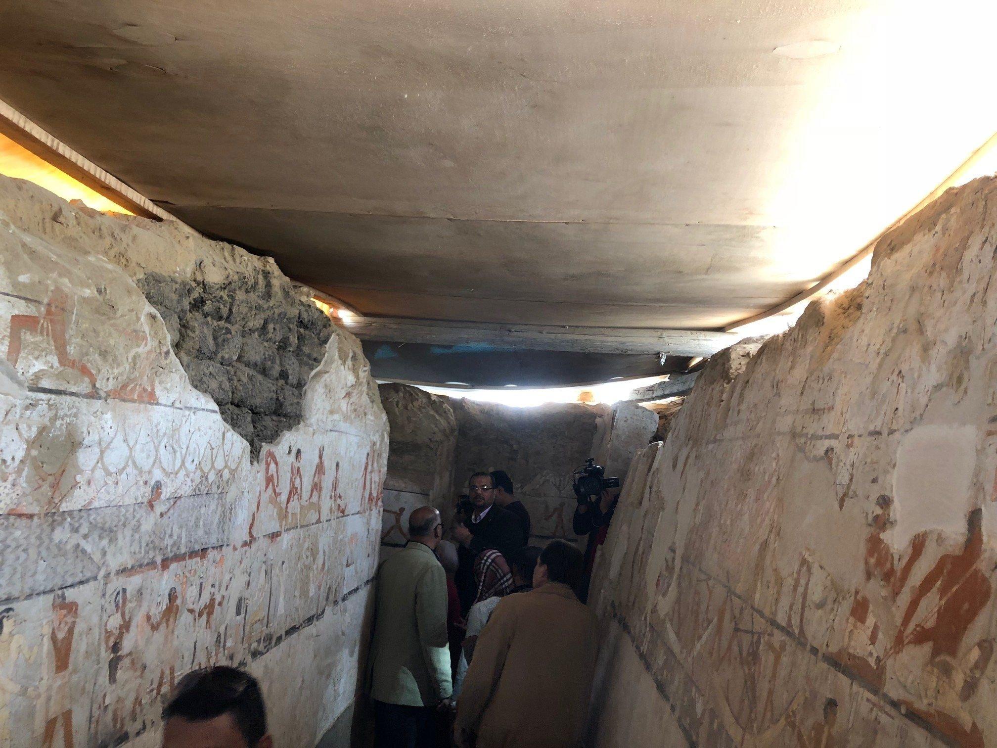 Hrobka úřednice období Staré říše objevená vedle pyramid Gízy