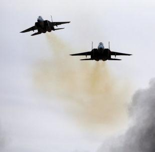 Izraelské stíhačky F-15 na základně Chacerim