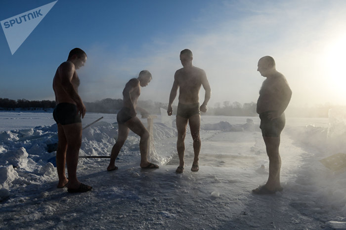 Sportovci se otužují u Novosibirsku