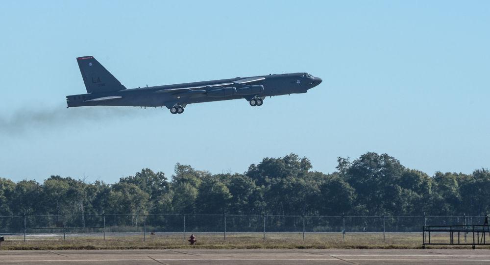 Bombardér B-52 Stratofortress během cvičení Global Thunder 17