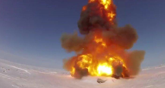 MO RF zveřejnilo video zkoušky nové protirakety v Kazachstánu