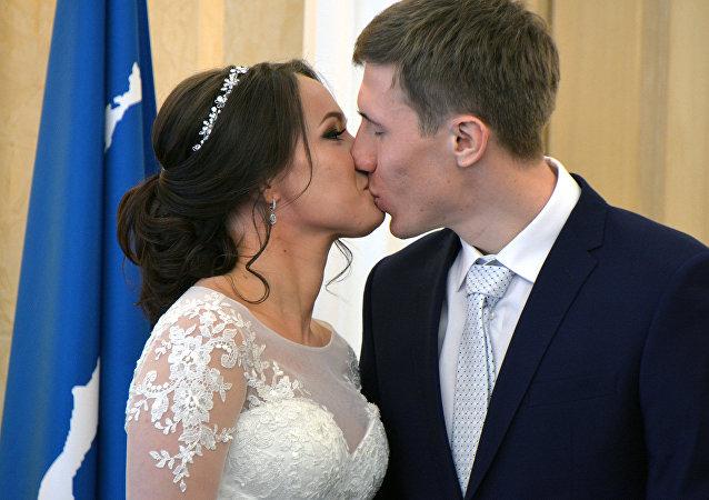 Svatba Semjona Denšikova a Olgy Potylitsiny