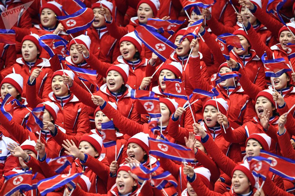 O nic horší než soutěž krásy: nejhezčí fanynky na tribunách Pchjongčchangu